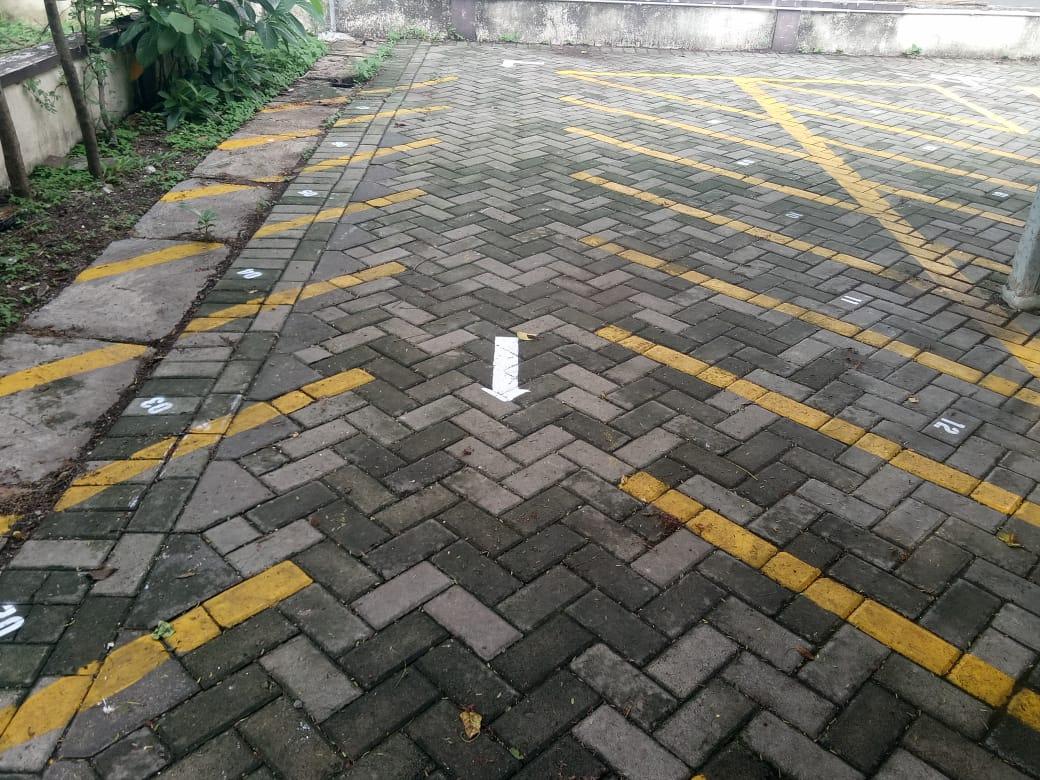 Jalur Parkir Khusus Parkir Motor