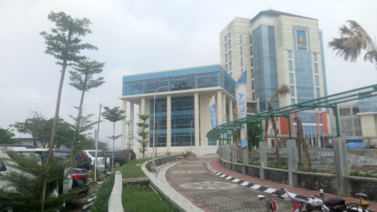 Gedung Baru Perpus Pusat di Kampus Lidah